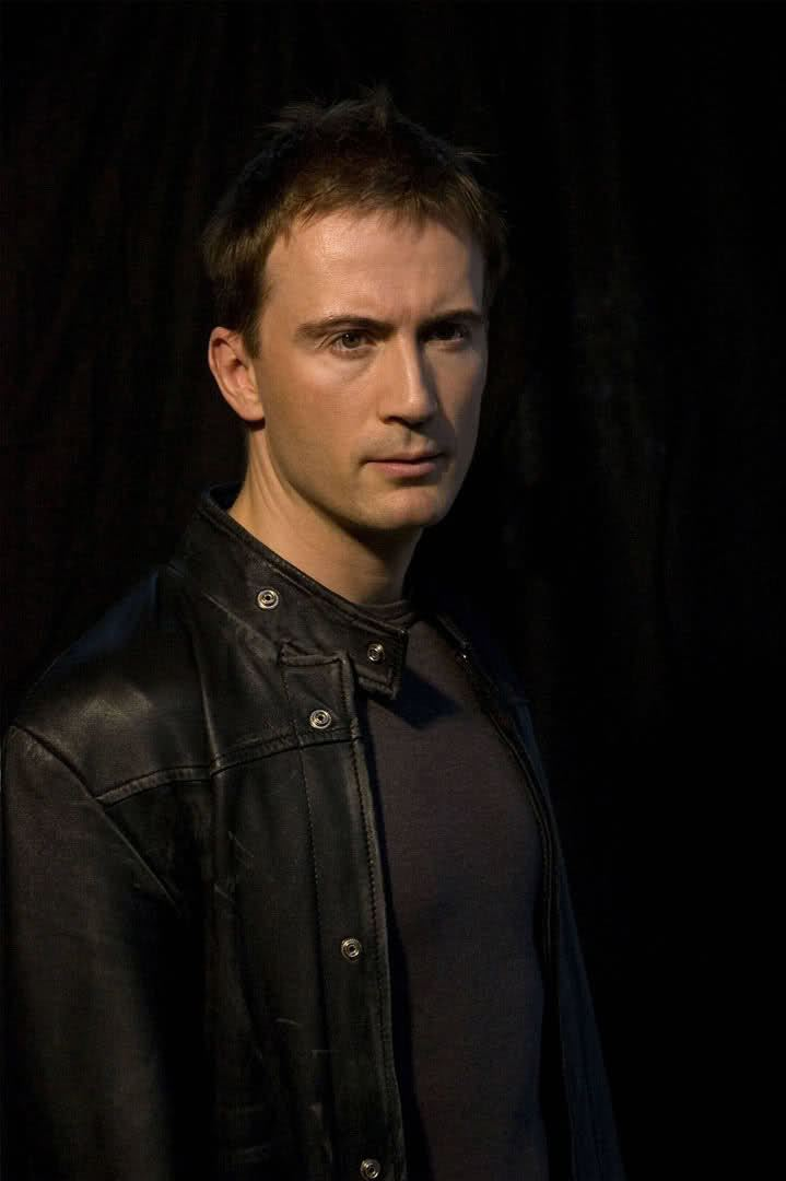 Anthony Howell (actor) I39m a stranger here myself