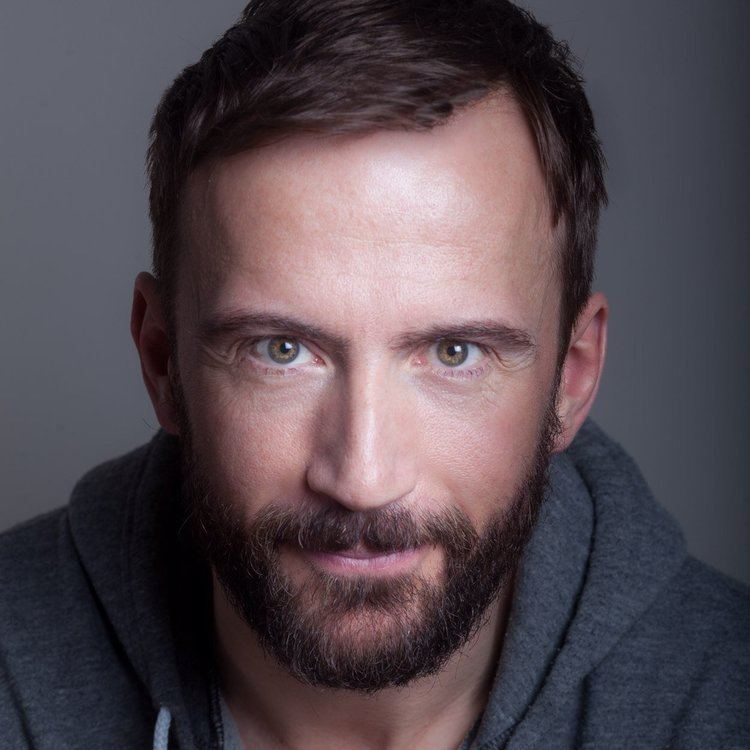 Anthony Howell (actor) Anthony Howell aktorman Twitter