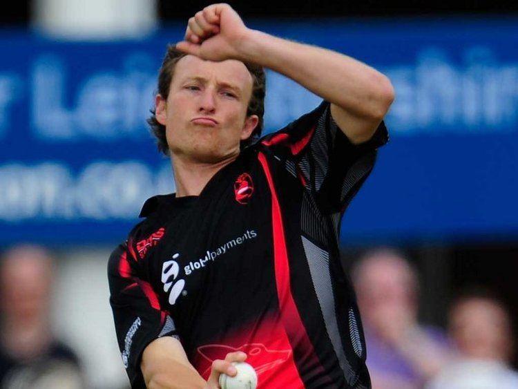 Anthony Ireland (Cricketer) playing cricket