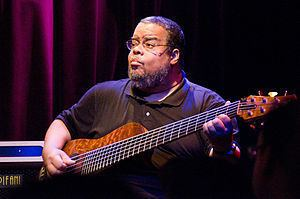 Anthony Jackson (musician) httpsuploadwikimediaorgwikipediacommonsthu
