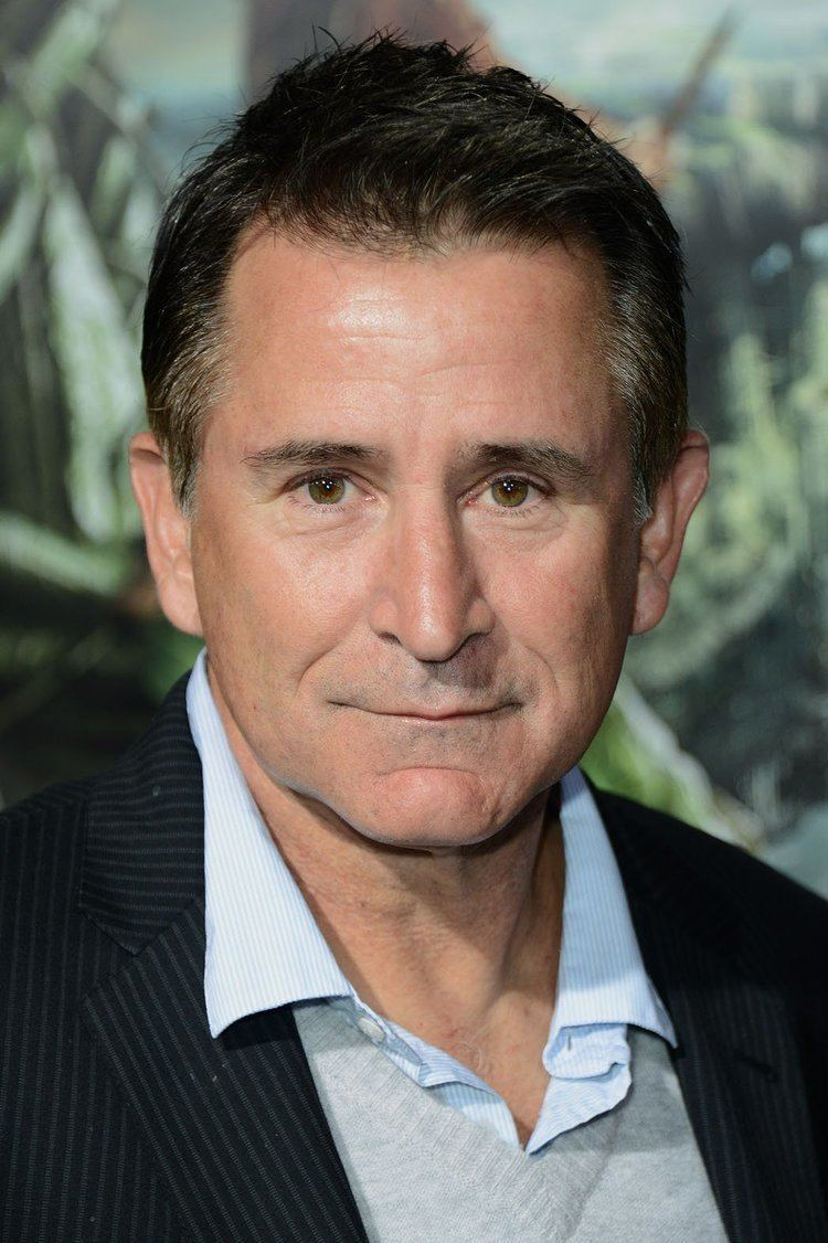 Anthony LaPaglia The Faces of Pilot Season 2014 Hollywood Reporter