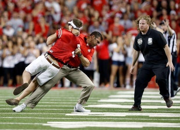 Anthony Schlegel Former Ohio State linebacker Anthony Schlegel bodyslams