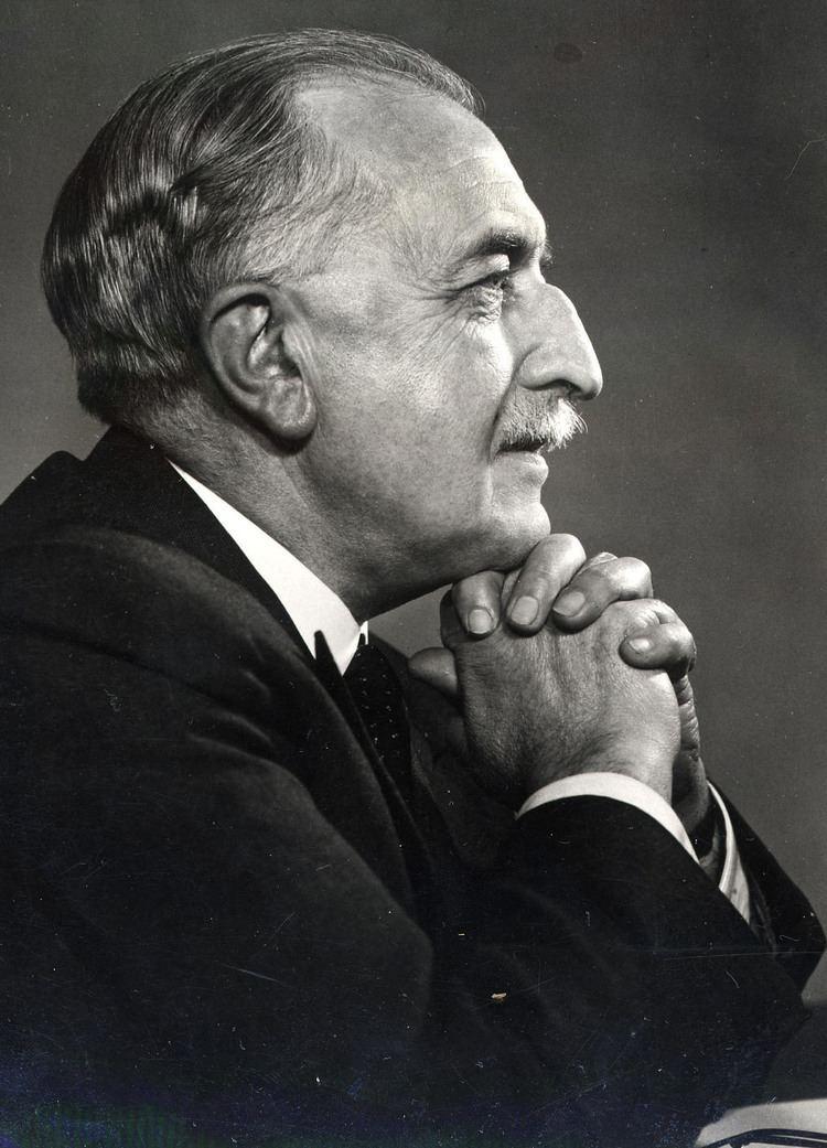 Anthony Tuke (1897–1975) Anthony Tuke Chairman 19511962 Barclays Group Archives