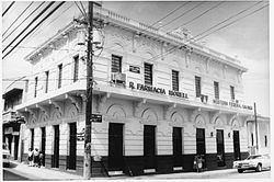 Antiguo Casino Camuyano httpsuploadwikimediaorgwikipediacommonsthu