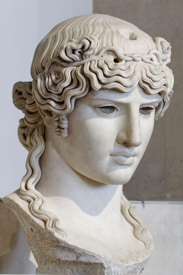 Antinous Mondragone FileAntinous Mondragone Louvre Ma1205 n5jpg Wikimedia Commons