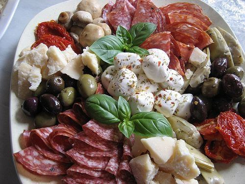 Antipasto 1000 ideas about Antipasto on Pinterest Antipasto platter