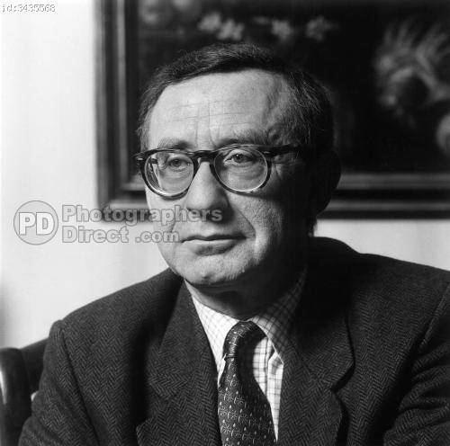 Antoine Schnapper PD Stock photo Antoine Schnapper 1933 2004 Historian Dart