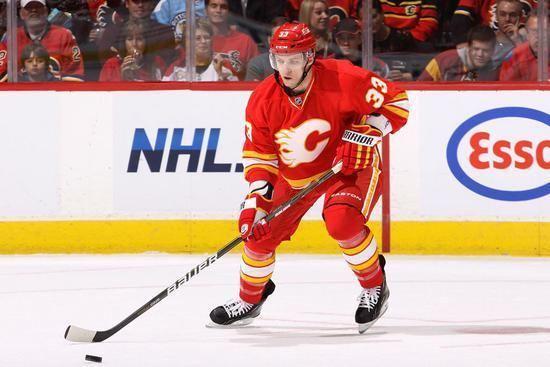 Anton Babchuk Anton Babchuk 201112 07052012 Calgary Flames Photos
