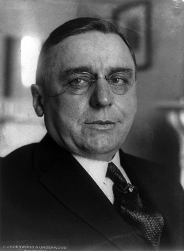 Anton Cermak httpsuploadwikimediaorgwikipediacommonsbb