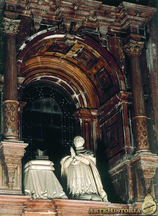 Antonio de Monroy Estatua orante del arzobispo don Antonio de Monroy Obra
