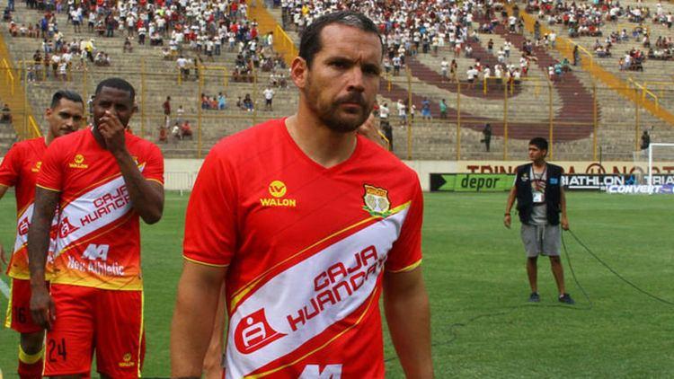 Antonio Meza Cuadra Antonio Meza Cuadra se deslig de Sport Huacayo y es nuevo jugador