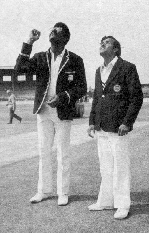 Anura Tennekoon (Cricketer) family