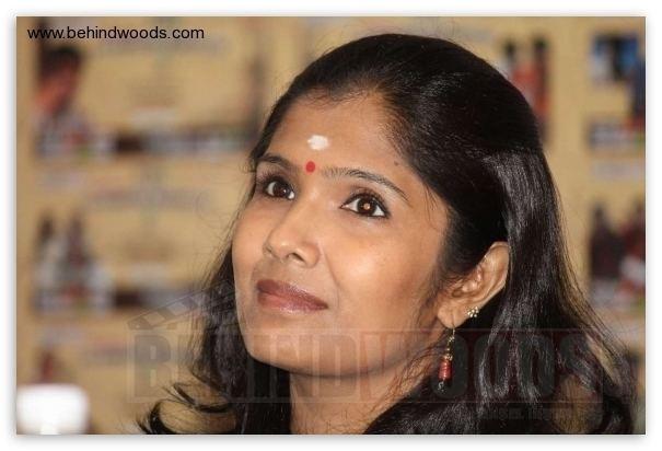 Anuradha Sriram smiling while looking afar