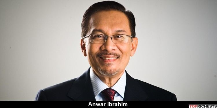 Anwar Ibrahim Top 10 Richest Politicians of Malaysia