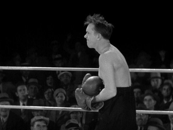 Any Old Port! movie scenes Favourite bit During the boxing match with Walter Long Stan finds some courage when he picks up his opponent s illegally loaded glove