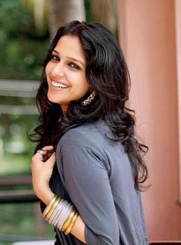 Aparna Nair Nair Malayalam Film Actress Stills Photos 10