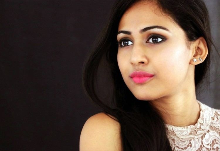 Aparna Vinod Aparna Vinod Actress Aparna Vinod Stills 6 Indian Cinema Gallery