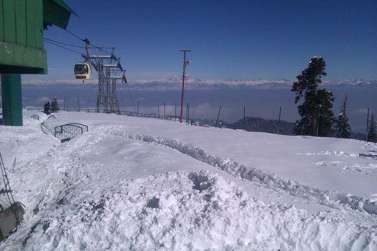 Apharwat Peak httpsmediacdntripadvisorcommediaphotos03