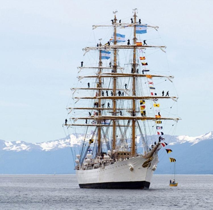 ARA Libertad (Q-2) Navi e Armatori Approdi di Passione