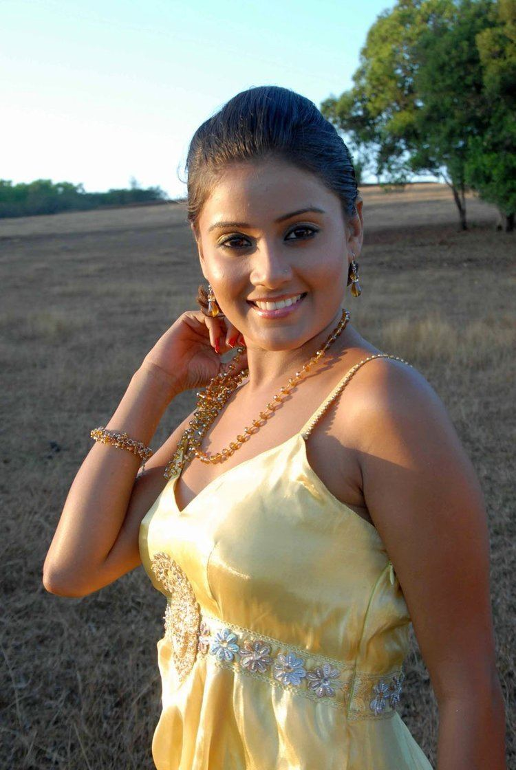 Archana Gupta Archana Gupta actress Wiki Height Weight Age Size 2013