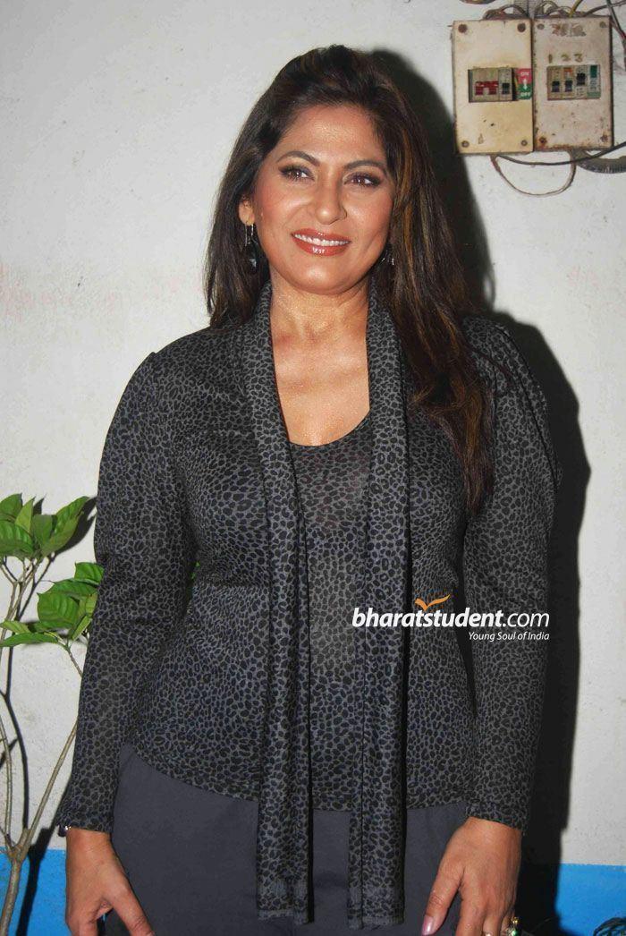 Archana Puran Singh Archana Puran SinghSunil Shetty on The Sets of Comedy