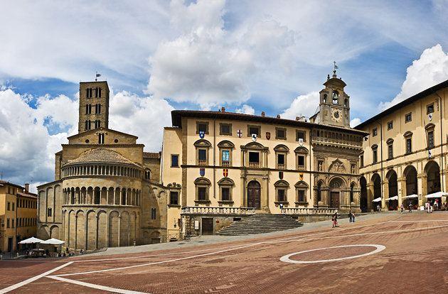 Arezzo wwwplanetwarecomphotoslargeitalyarezzosanta