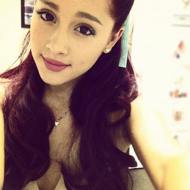 Ariana Grande Ariana GrandeButera RealArianaPriv Twitter