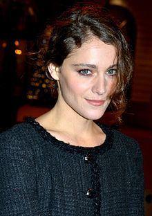 Ariane Labed httpsuploadwikimediaorgwikipediacommonsthu