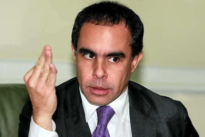 Armando Benedetti Armando Benedetti busca la presidencia de la U EL