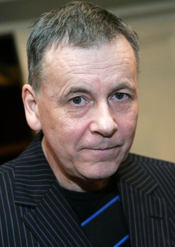 Arnis Mednis Bilu galerija 53 gadu vecum pc insulta Arnis Mednis