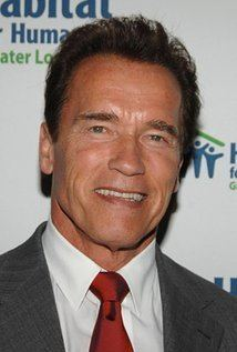 Arnold Schwarzenegger iamediaimdbcomimagesMMV5BMTI3MDc4NzUyMV5BMl5