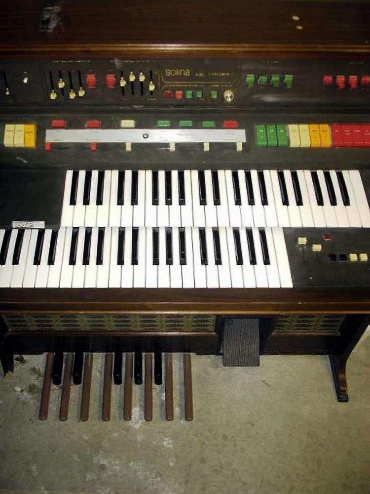 ARP String Synthesizer
