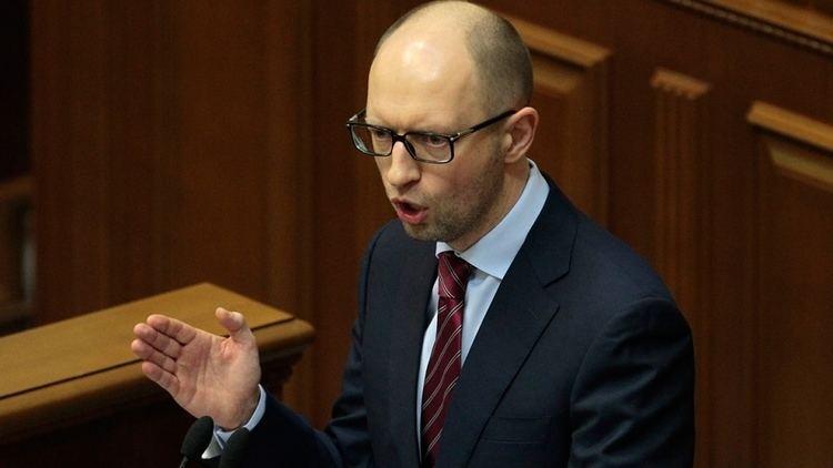 Arseniy Yatsenyuk Ukraine parliament approves new prime minister Arseniy
