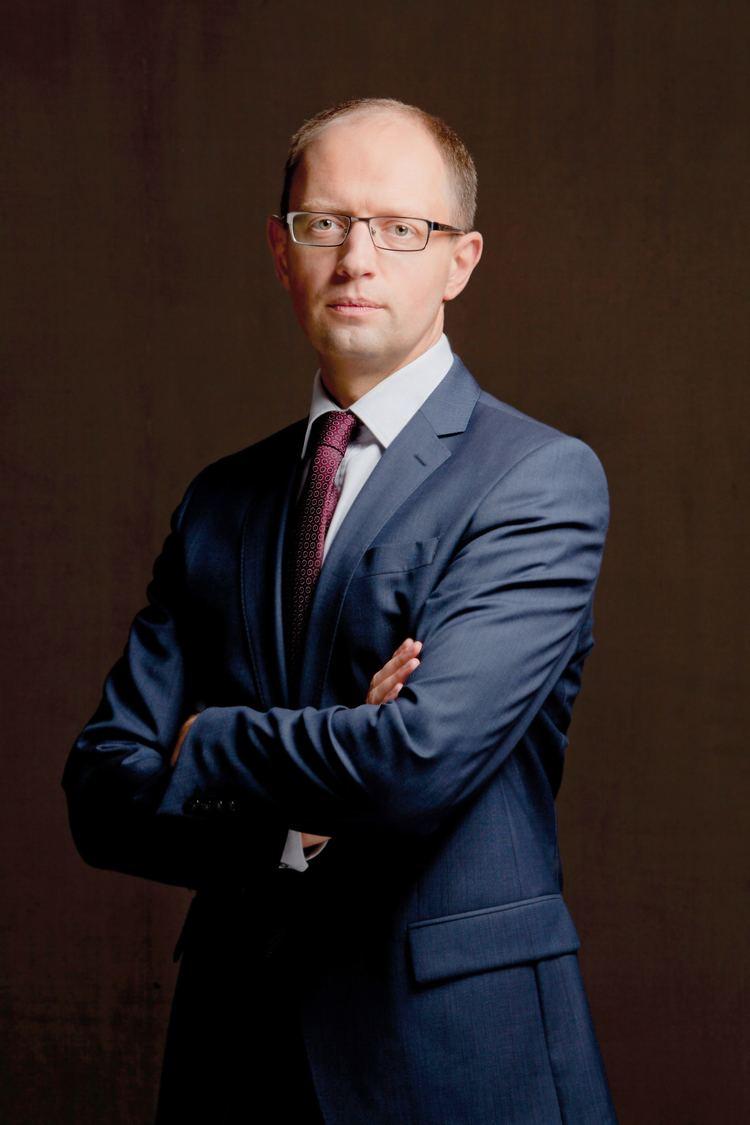 Arseniy Yatsenyuk Arseniy Yatsenyuk Wikipedia the free encyclopedia