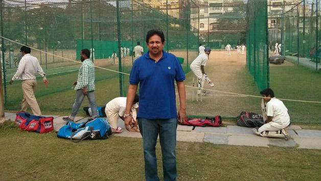 Arshad Ayub (Cricketer) playing cricket