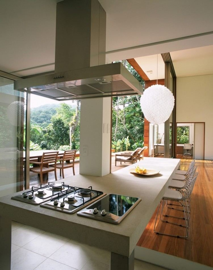 Arthur Casas House in Iporanga by Arthur Casas HomeDSGN