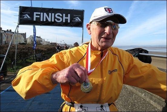 Arthur Gilbert (triathlete) wwwburnhamonseacomnews2013arthurgilberttr