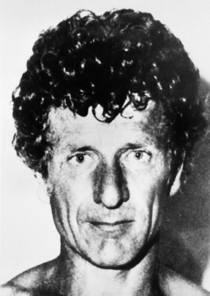 Arthur Hutchinson (civil servant) Triple murderer Arthur Hutchinsons latest appeal against UK life