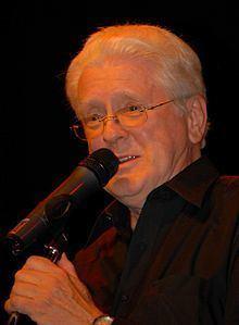 Artie Schroeck httpsuploadwikimediaorgwikipediacommonsthu
