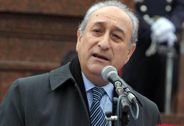 Arturo Puricelli Afirman que Defensa no inform que el aterrizaje de