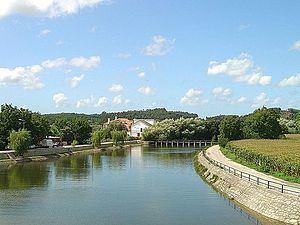Arunca River httpsuploadwikimediaorgwikipediacommonsthu