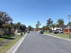 Arundel, Queensland httpsuploadwikimediaorgwikipediacommonsthu