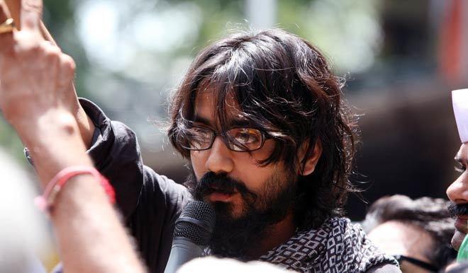Aseem Trivedi Cartoonist Aseem Trivedi gets a heros welcome as he walks out of