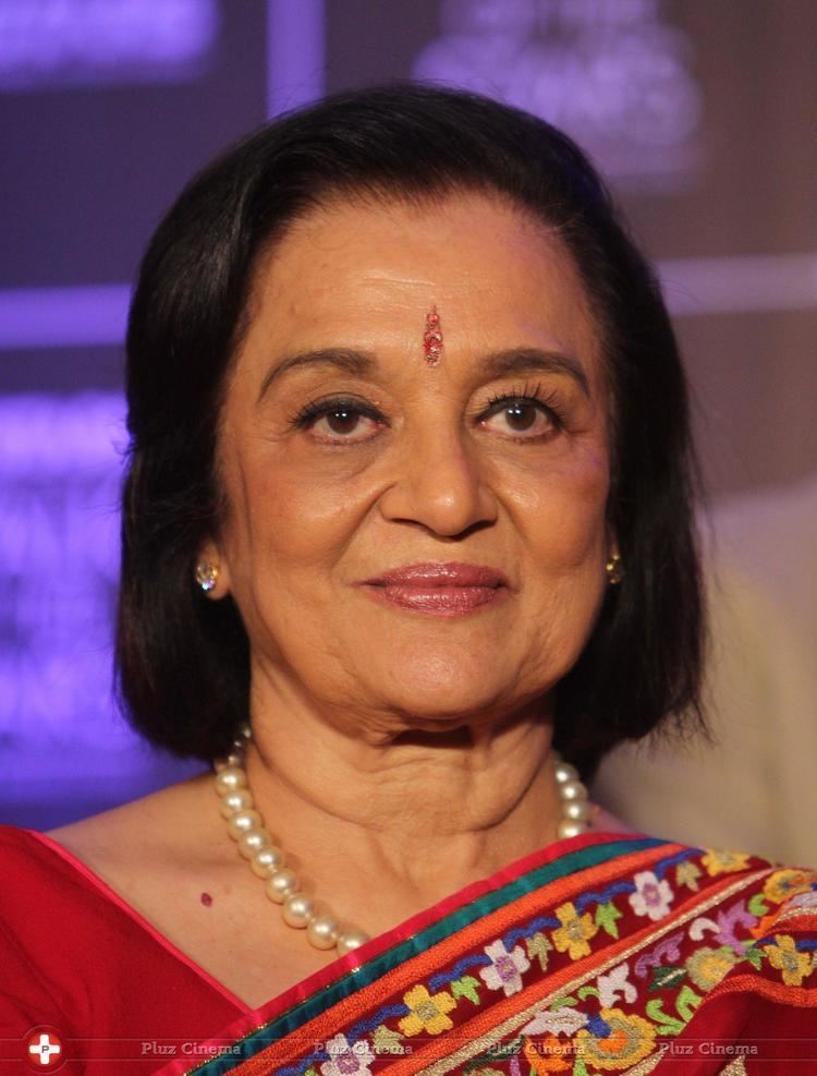 Asha Parekh Asha parekh utv stars at walk of the stars honours asha