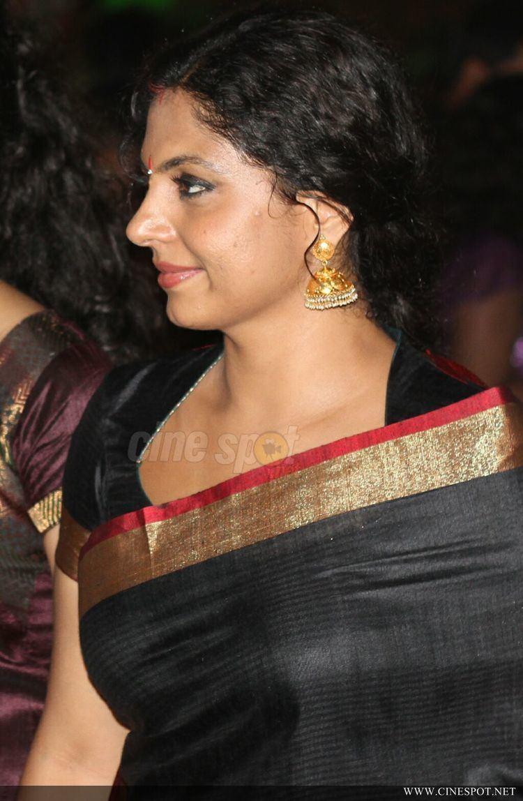 Asha Sarath Asha Sarath malayalam actress Photos