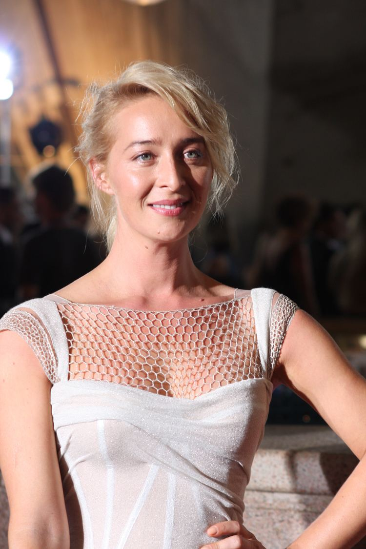 Asher Keddie FileAsher Keddie SWITCHED ON AUDIENCE CHOICE AWARD FOR