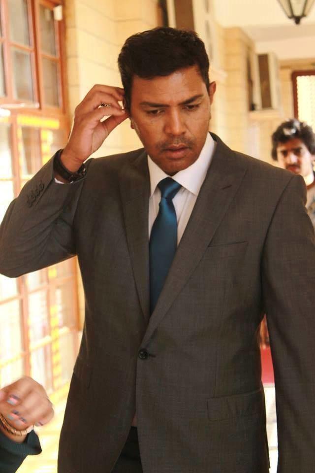 Ashir Azeem Dhuwan Drama Actor Ashir Azeem ASP Azher Picture