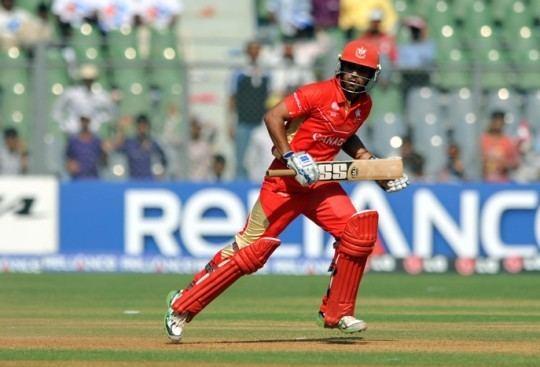 Ashish Bagai (Cricketer) playing cricket