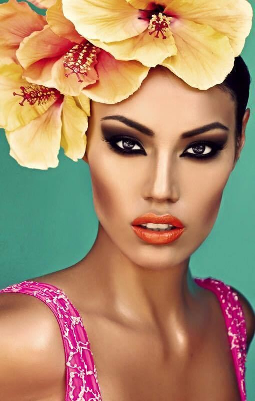 Ashley Callingbull-Burnham Go Ashley Callingbull Cree Beauty Reps Canada and Indian Country in