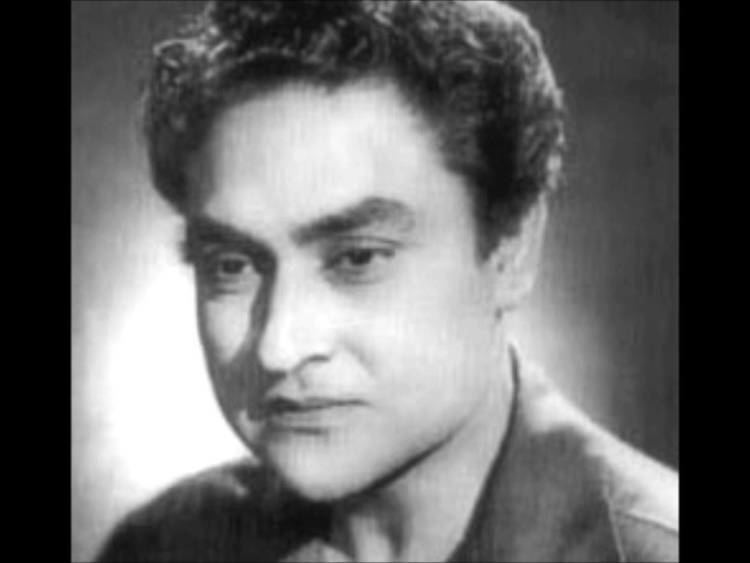 Ashok Kumar A TRIBUTE TO SINGER N ACTOR ASHOK KUMAR YouTube